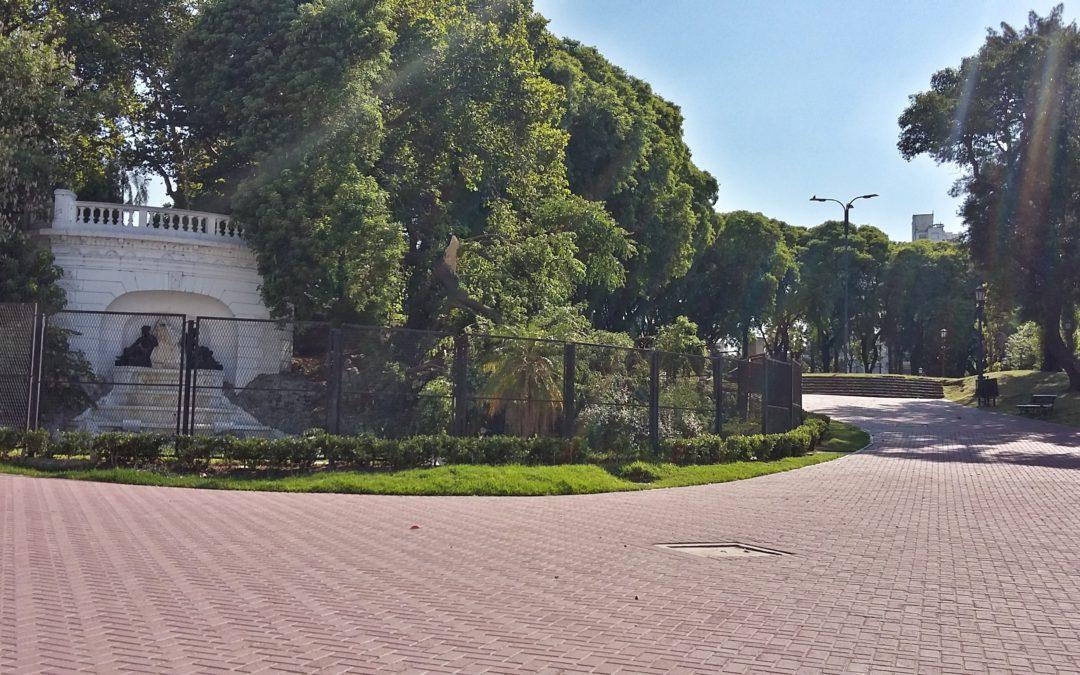 Entrada al Parque Lezama de San Telmo.