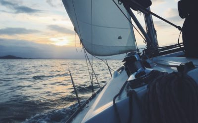 Covid-19   Familia dejó todo y salió a navegar el mundo