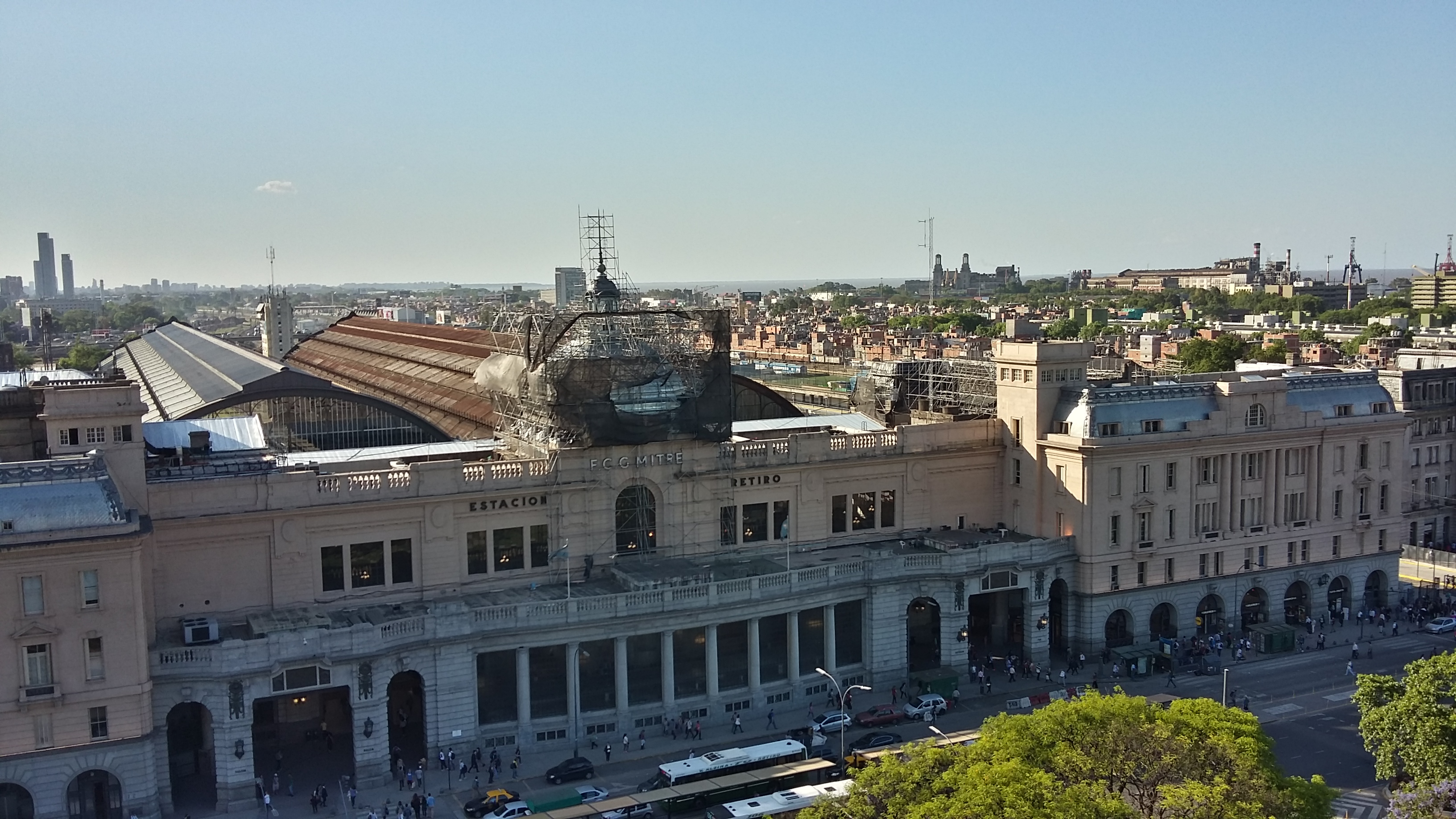 Estación Retiro vista desde la Torre Monumental.